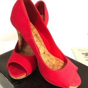 "EUC Size 7 Sexy Peep Toe Red 4"" Heels"